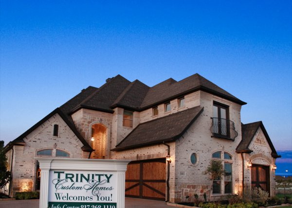 Floor plan 2958 trinity custom homes new homes in fort for New homes with 3 car garage